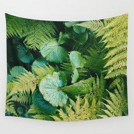 Green fern Wall Tapestry