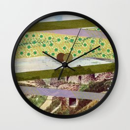 Saluti Dal Futuro 091 Wall Clock