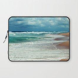 Emerald Ocean, Sapphire Sky, Alabaster Surf Laptop Sleeve