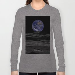 Earth Rising over the Horizon of the Moon Long Sleeve T-shirt