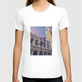 Campanile on the Piazza San Marco T-shirt