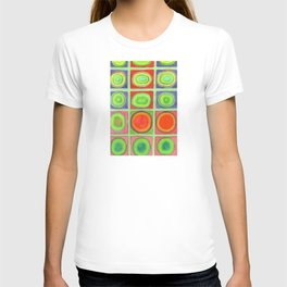 Green Grid filled with Circles and intense Colors T-shirt