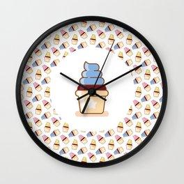 cupcake pattern design Wall Clock