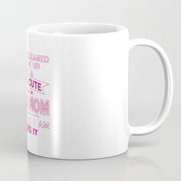 SUPER CUTE A SKIING MOM Coffee Mug