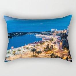 Paisaje nocturno del puerto de maó Rectangular Pillow