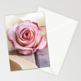 Pink rose and golden ribbon Stationery Cards