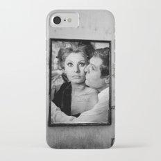 bacio iPhone 7 Slim Case