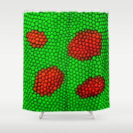 Crawl in the gecko´s skin Shower Curtain