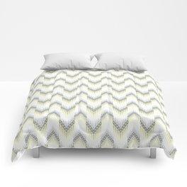 Delicate zigzag pattern. Comforters