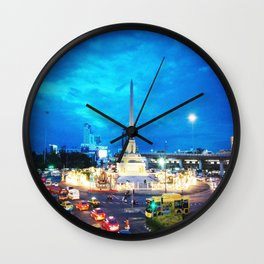VICTORY MONUMENT Wall Clock