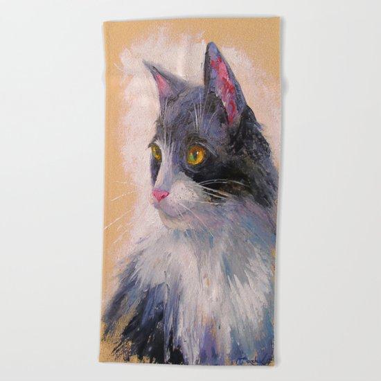 A lovely cat Beach Towel