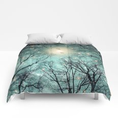 Nature Blazes Before Your Eyes (Mint Embers) Comforters