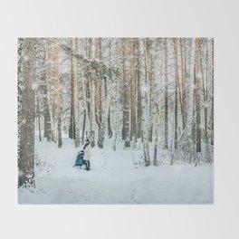 Snow white story Throw Blanket