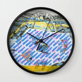 Saluti Dal Futuro 082 Wall Clock