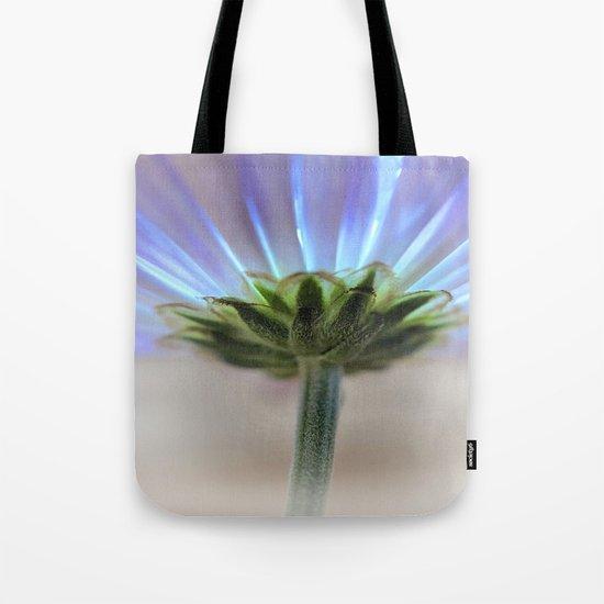 Daisy petals macro Tote Bag