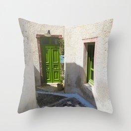 Island house ii Throw Pillow