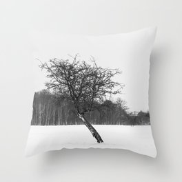 Tree in the winter (RR 273) Throw Pillow