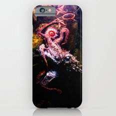 Keeping the octopus occupied Slim Case iPhone 6s