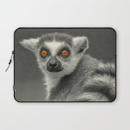 LEMUR PORTRAIT Laptop Sleeve