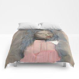 Classic Beauty Comforters