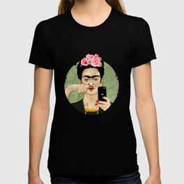 The Original Queen Of The Selfies T-shirt