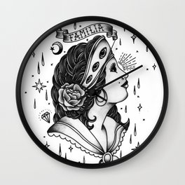 Familia. Wall Clock