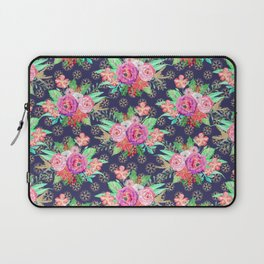 Pretty Christmas floral and snowflakes design Laptop Sleeve