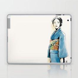 青い着物の女 Laptop & iPad Skin