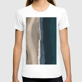 Footsteps during sunrise at a desert lake - Landscape Photography T-shirt