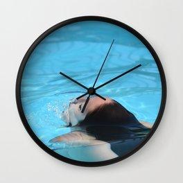 Piscine Fille Wall Clock