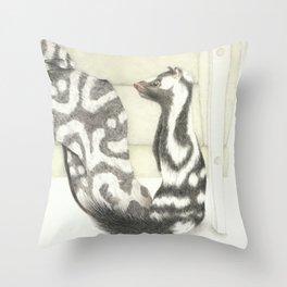 Living Interiors serie - Polecat Throw Pillow
