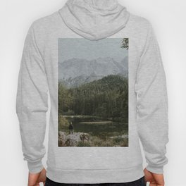 Mountain lake vibes II - Landscape Photography Hoody