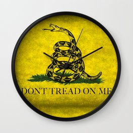 Gadsden Dont Tread On Me Flag - Distressed Wall Clock