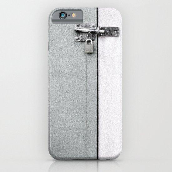 closed#04 iPhone & iPod Case