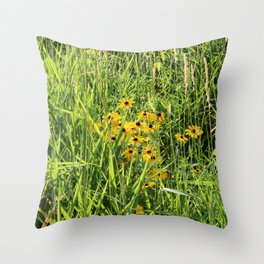 Black Eyed Susan in the Meadow Throw Pillow