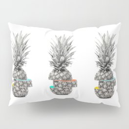 PIECE OF PINEAPPLE Pillow Sham
