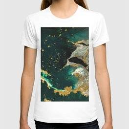 Abstract Pour Painting Liquid Marble Abstract Dark Green Painting Gold Accent Agate Stone Layers T-shirt
