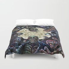 Zombies attack (zombie circle horde) Duvet Cover