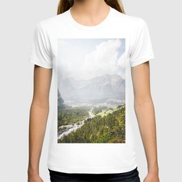 Photo of the view on the mountains of Kandersteg, The alps, Suisse/Switzerland | Fine Art Colorful Travel Photography |  T-shirt