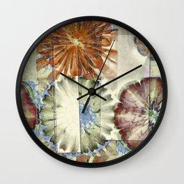 Autogenic Form Flowers  ID:16165-150817-31621 Wall Clock