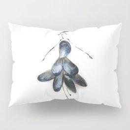 Edible Ensembles: Blue Mussels Pillow Sham