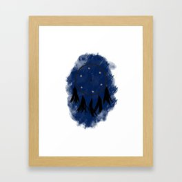 Dreamcatcher crow: Blue background Framed Art Print