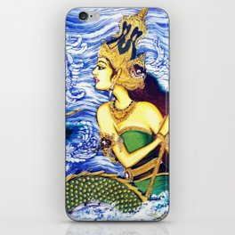 SEA QUEEN iPhone Skin