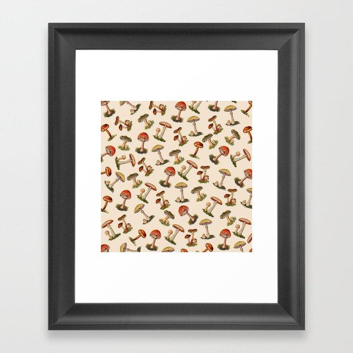 Magical Mushrooms Gerahmter Kunstdruck