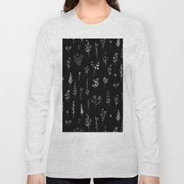Black wildflowers Long Sleeve T-shirt