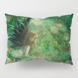 Abstract illustration of fairy fly in the forest Pillow Sham