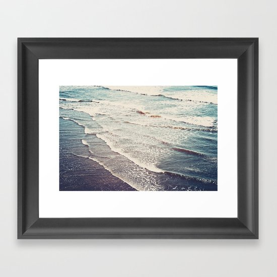 Ocean Waves Retro Framed Art Print