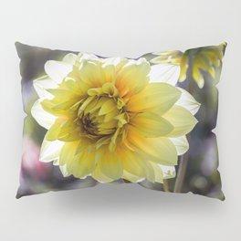 Dahlia In The Garden / 30 Pillow Sham