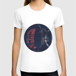 echoes in crepescule T-shirt