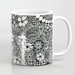 Dots In The Wind Coffee Mug